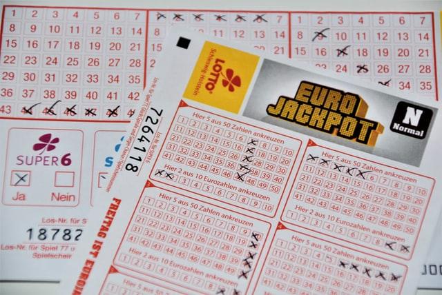Lottotulokset kertovat voitoista